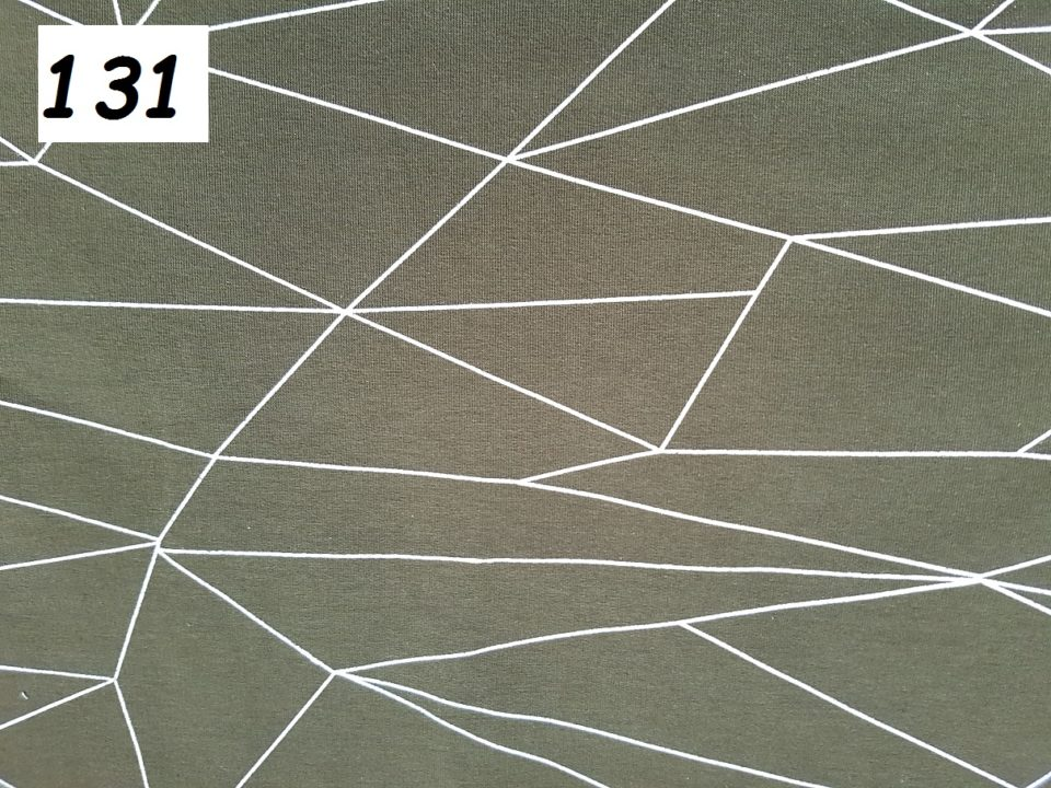 131 - čáry na khaki